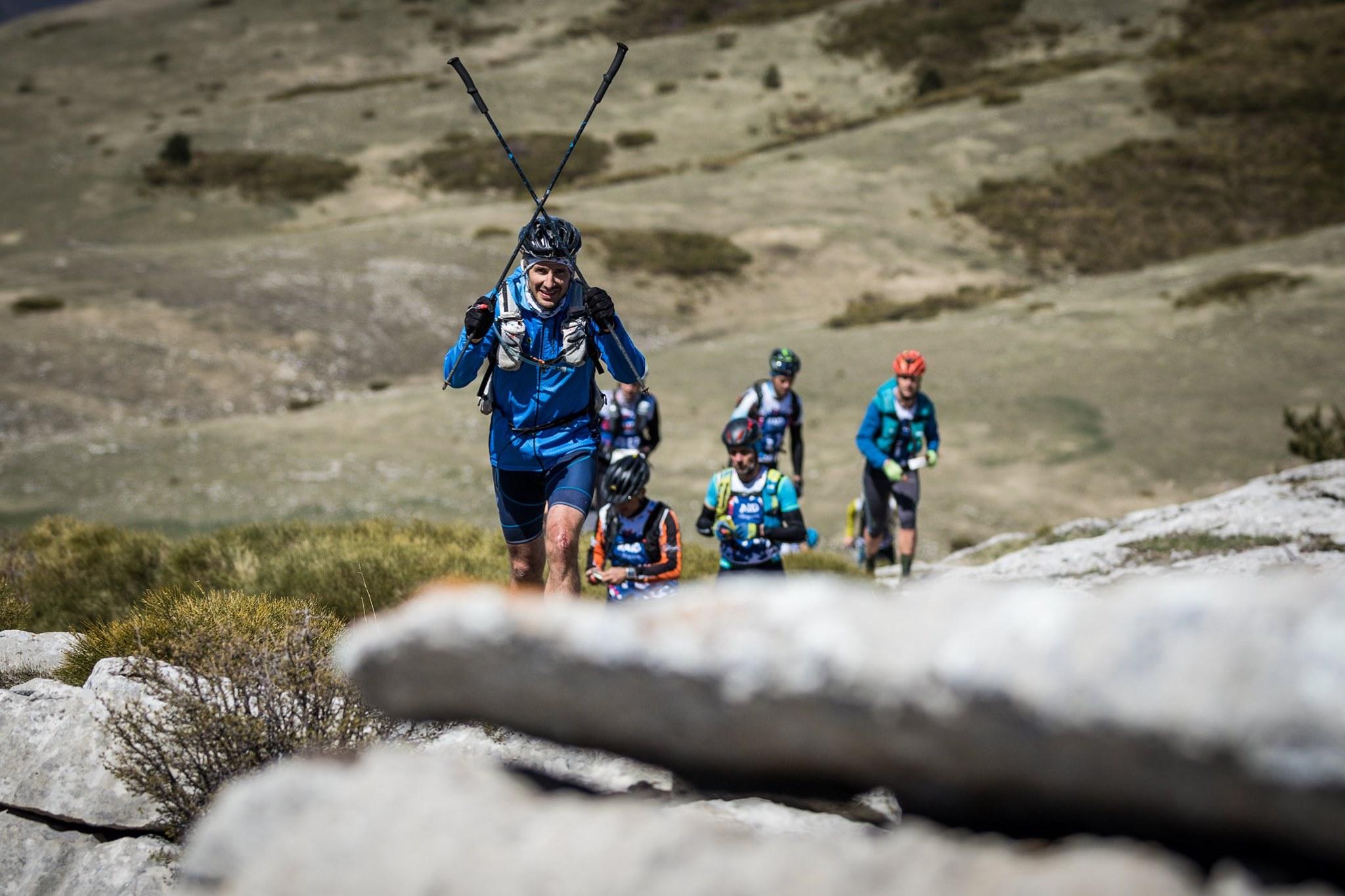 Calendrier Raid Multisport 2019.Le Retour Au Source Des Loups A La Montagne Au Paca Raid